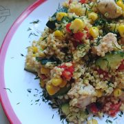 Kurczak z kaszą jaglaną i warzywami