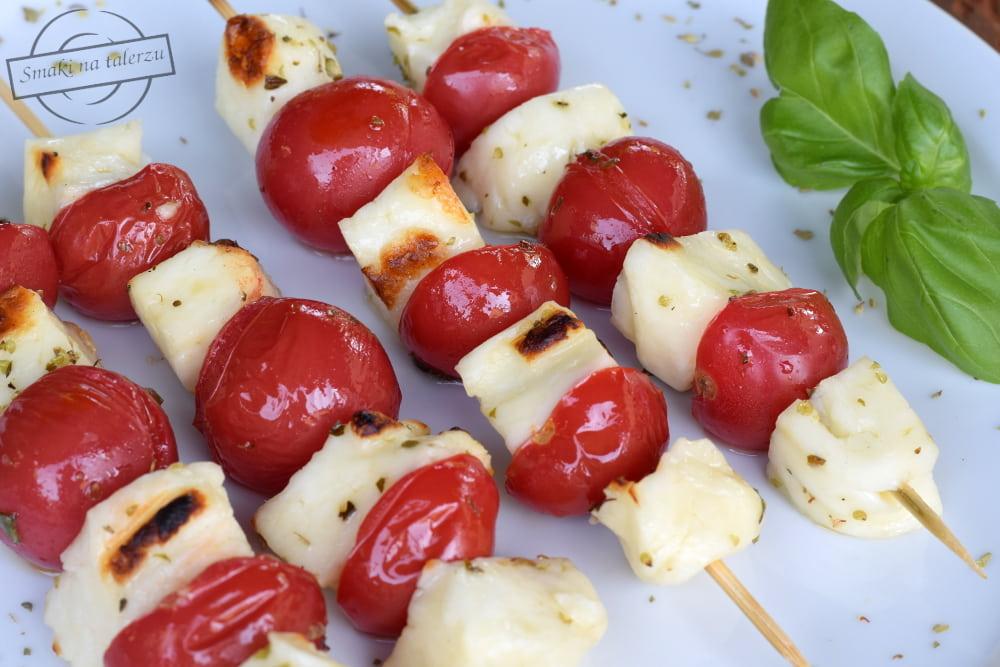 c87a87cff0 Szaszłyki – pomidorki koktajlowe i ser halloumi – Smaki na talerzu