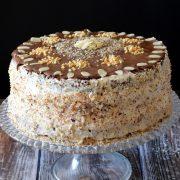 Tort orzechowo-migdałowo-czekoladowy