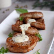 Polędwiczki wieprzowe z sosem śmietanowo-musztardowym