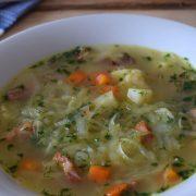 Zupa z białej kapusty a'la słodki kapuśniaczek