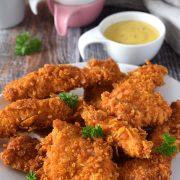 Chrupiące nuggetsy z kurczaka (smażone)