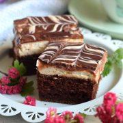 Ciasto kakaowe z miętową śmietanką