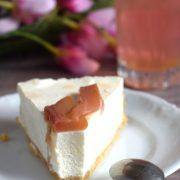 Sernik cytrynowy z pieczonym rabarbarem oraz kompot z rabarbaru