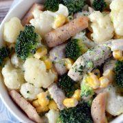 Sałatka z kalafiora i brokuła z kurczakiem