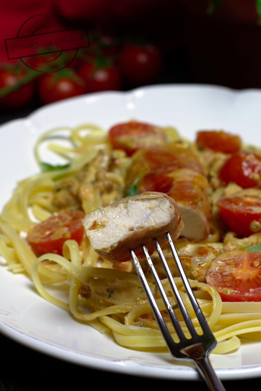 a2bce40199 Filety z kurczaka w sosie z suszonych pomidorów
