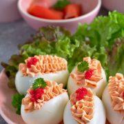 Jajka faszerowane kremem łososiowym