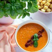 Zupa krem z pieczonych pomidorów z suszonymi pomidorami