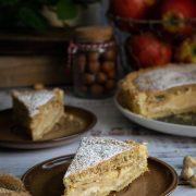 Tarta orzechowo-jabłkowa