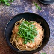 Spaghetti z pieczonymi pomidorami i mascarpone